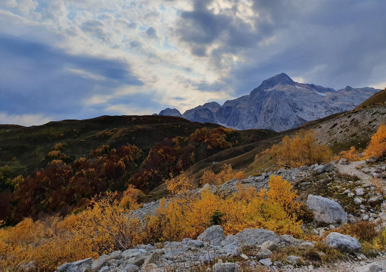 ФИШТ (2804 м) И ОШТЕН (2868м)